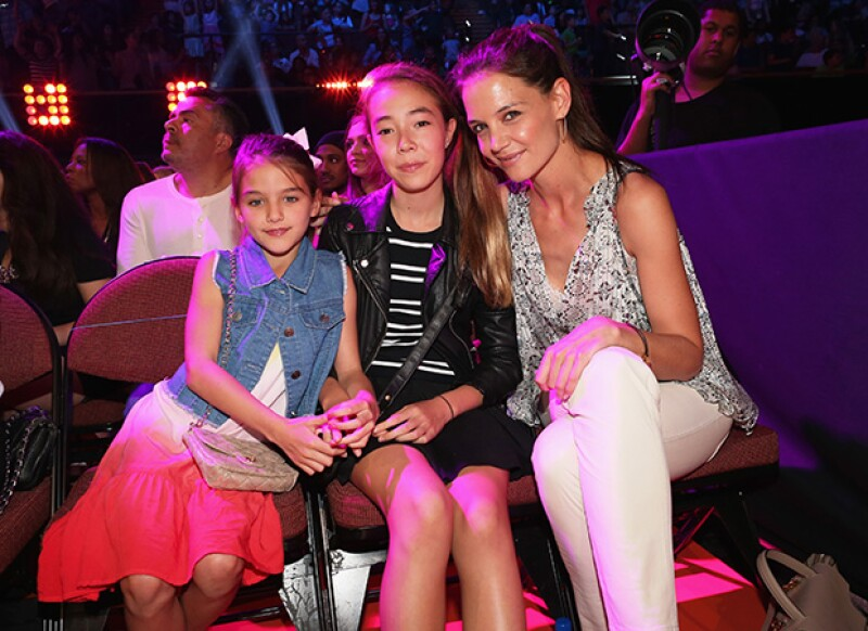 Suri Cruise (a la izquierda) está dejando a trás su imagen infantil y en unos años será muy probablemente una It girl.