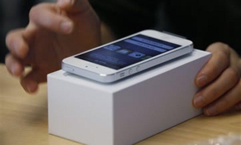 Pese al avance de Apple, Android sigue dominando mercados clave en Europa.  (Foto: AP)