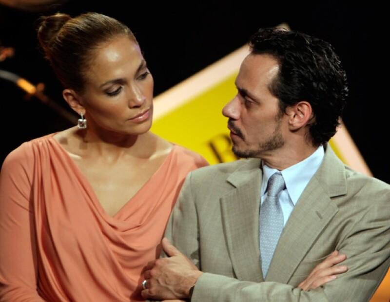 Según un portal estadounidense, el salsero buscó la reconciliación con la Diva del Bronx antes de solicitarle el divorcio, pero ella prefirió a Casper Smart.