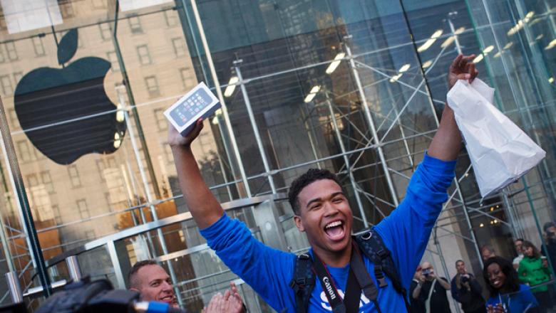 En Estados Unidos tiendas como Best Buy también tendrán el nuevo teléfono al igual que los operadores AT&T, Verizon, Sprint y T-Mobile.