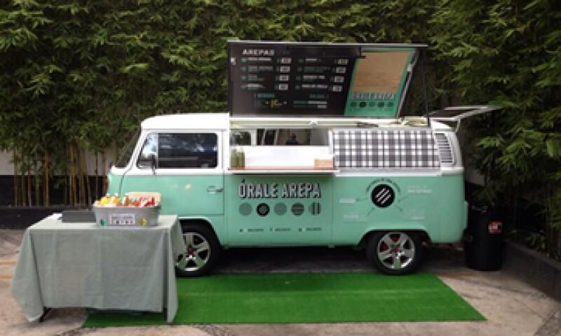 La Asociación Mexicana de Food Trucks buscará que exista una legislación para sus negocios en el DF.  (Foto: Tomada de @oralearepa)