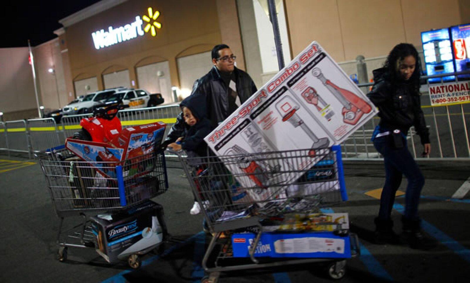 Walmart Stores Inc aplicó estrategias de descuentos en distintas horas del Black Friday, siendo la noche la preferida por los estadounidenses.