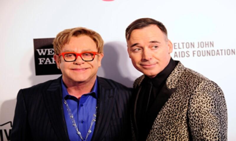 Elton John critió en su cuenta de Instagram al diseñador Domenico Dolce. (Foto: Reuters)