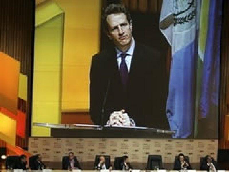 Timothy Geithner y Agustín Carstens se han manifestado a favor de aumentar los recursos del BID. (Foto: AP)