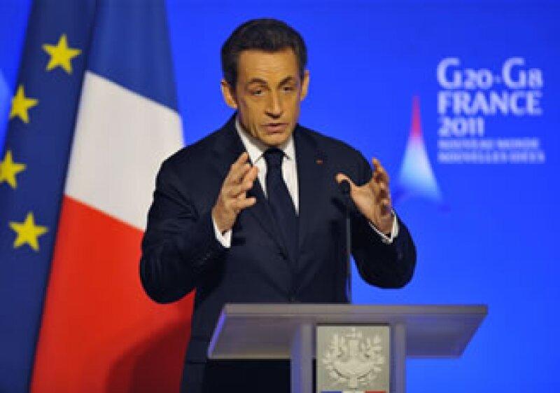Nicolas Sarkozy comentó sus intenciones de encargar un reporte a Gates al presidente de Estados Unidos, Barack Obama, durante una comida en Washington. (Foto: Reuters)