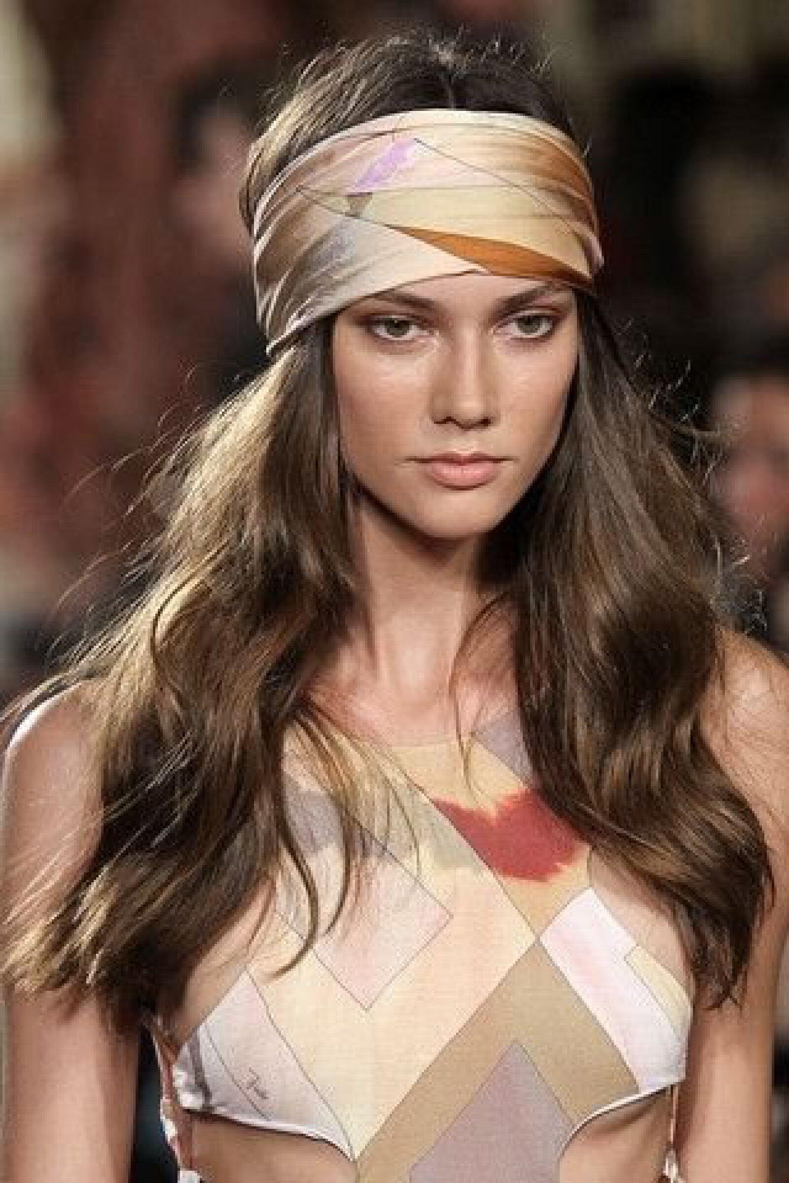 Las bandanas y turbantes son excelentes complementos para este verano.
