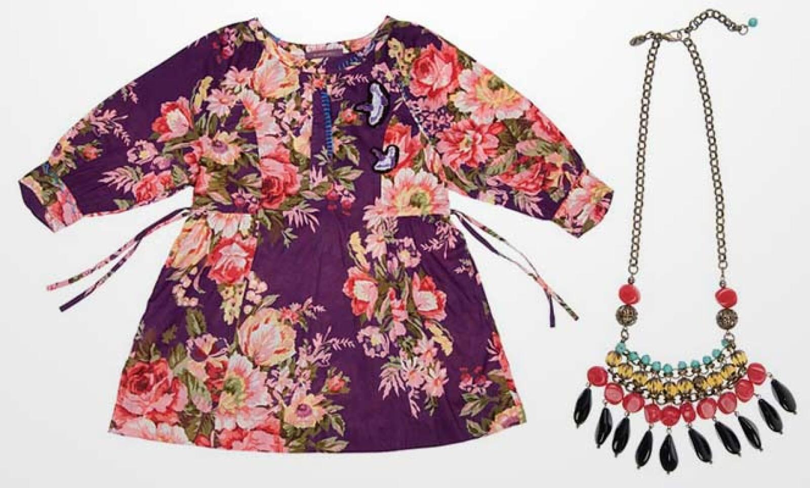La firma experimenta con otros estilos, como este 'top' típico de la región sudamericana, pero con el complemento de un collar con turquesa y perlas.