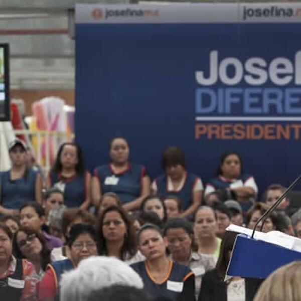 josefina vazquez mota se reúne con mujeres en empresa textil de aguascalientes