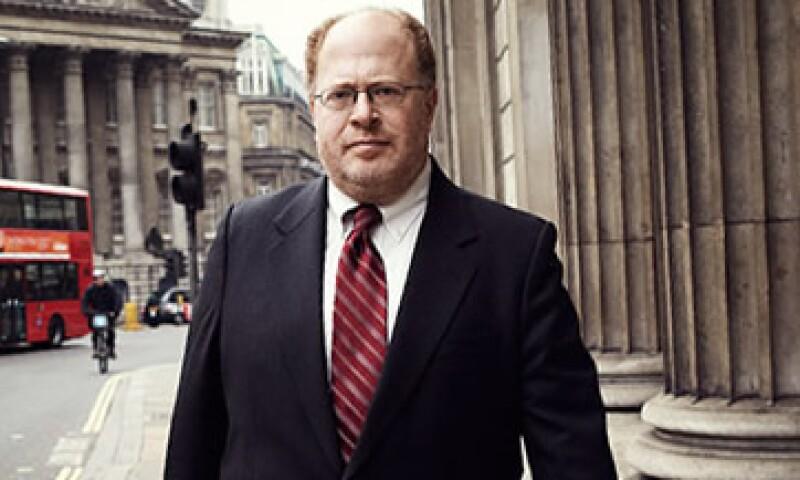 Adam S. Posen, es un economista estadounidense, tiene doctorado en Harvard y escribió un libro sobre la crisis en Japón. (Foto: Foto tomada de CNNMoney)