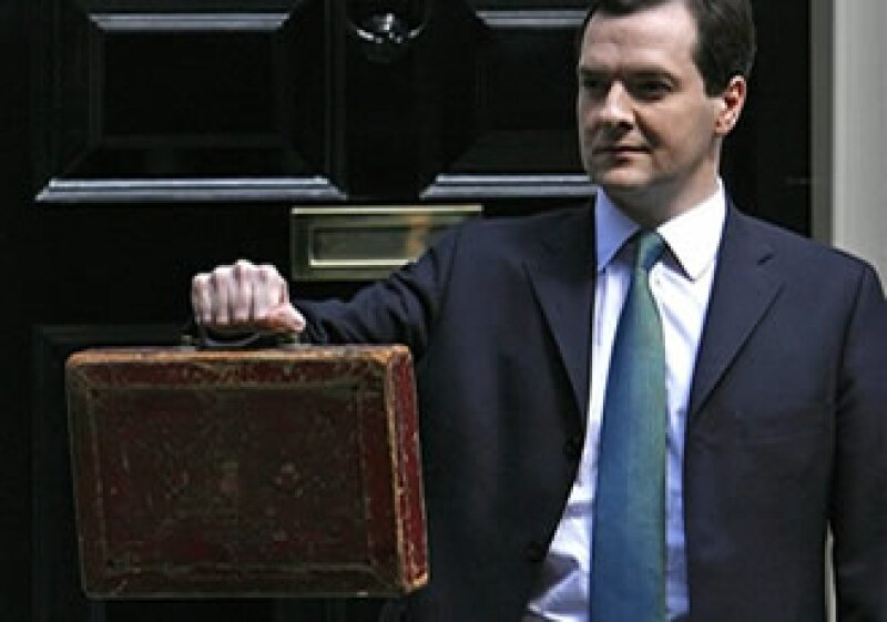 La caja vieja quedará en exhibición permanente en los Salones de Guerra del Gabinete. (Foto: AP)