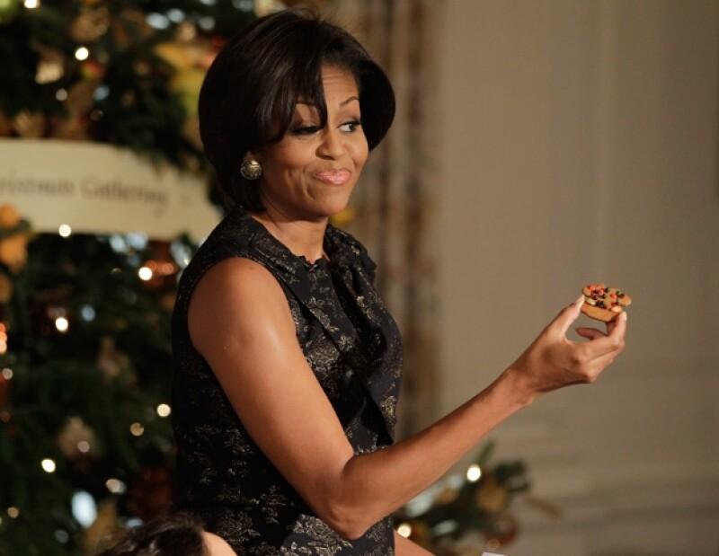 Michelle Obama aseguró que es falsa la imagen que de ella se difunde en el libro.