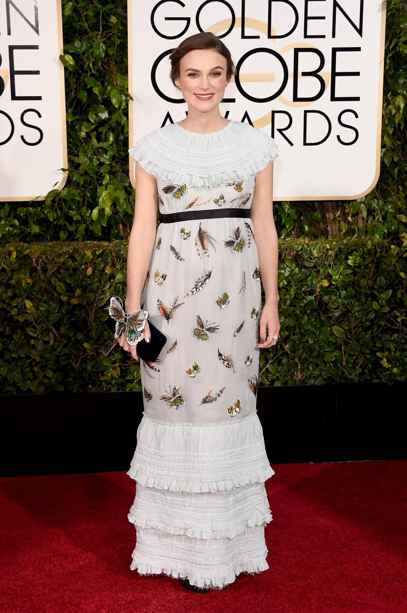 Keira Knightley en un look Pre-Fall 2015 para los Golden Globes