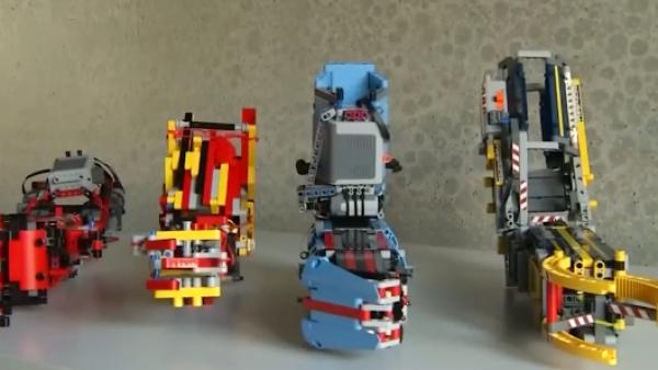 Esta persona construyó su propia prótesis robótica con piezas de Lego