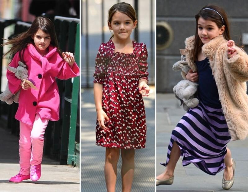 A sus siete años, la primogénita de Katie y Tom, ya es toda una experta en moda, por ello, su mamá ha decidido que la pequeña diseñe para su línea Holmes & Yang.