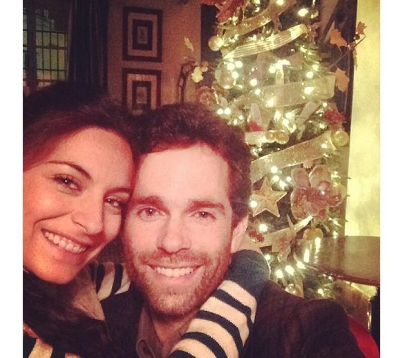 El día de navidad Ana Brenda publicó esta foto con su prometido en Instagram.