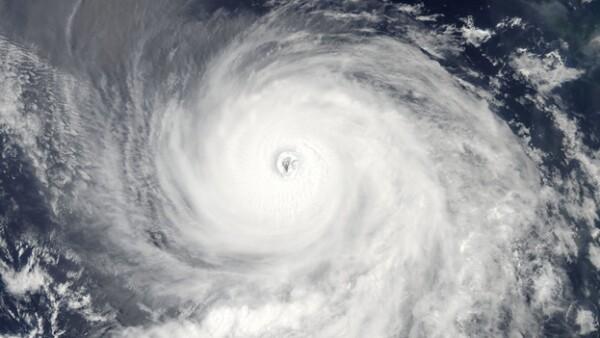 vista satelital del huracan eugene