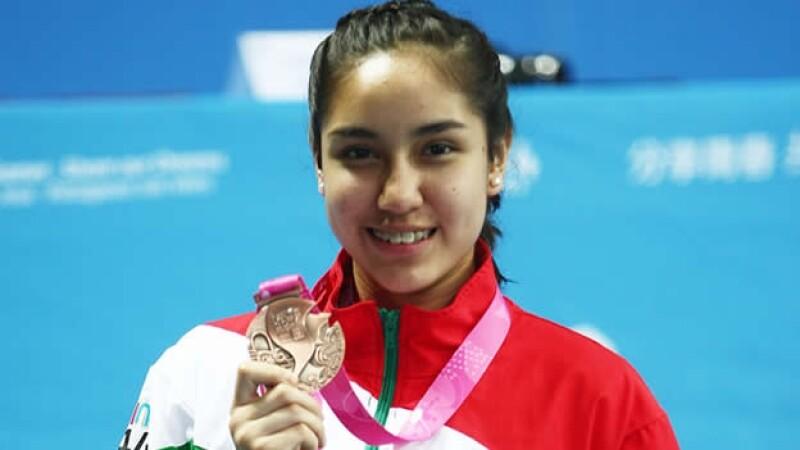 mitzi, medalla de bronce
