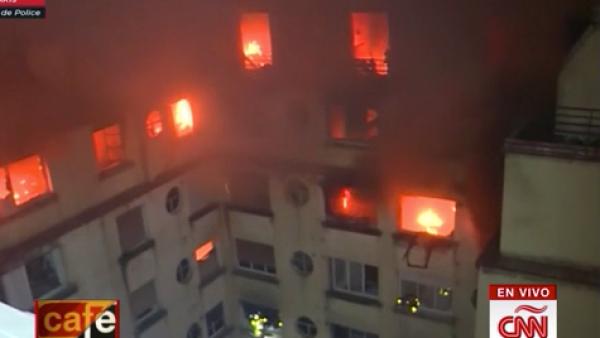 Un incendio en un edificio de París deja al menos 10 personas muertas