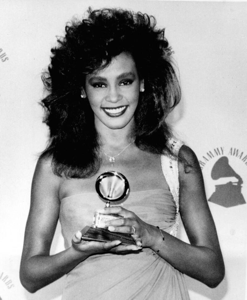 Durante toda la premiación y en la alfombra roja, el nombre de Whitney Houston fue una constante, y recibió un homenaje discreto pero muy emotivo.