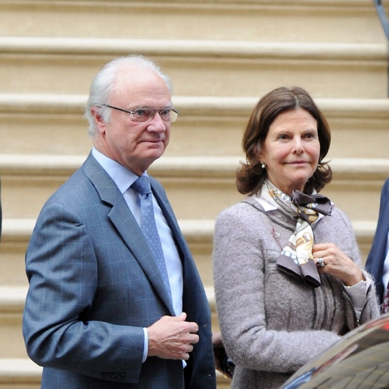 Los padres de Magdalena, los Reyes Carl Gustav y Silvia, tomaron el primer vuelo para conocer a su segunda nieta.