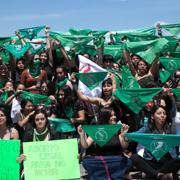 UNAM pañuelos verdes