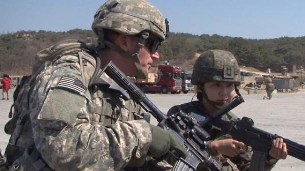 EU anuncia el fin de la suspensión de maniobras militares en Corea
