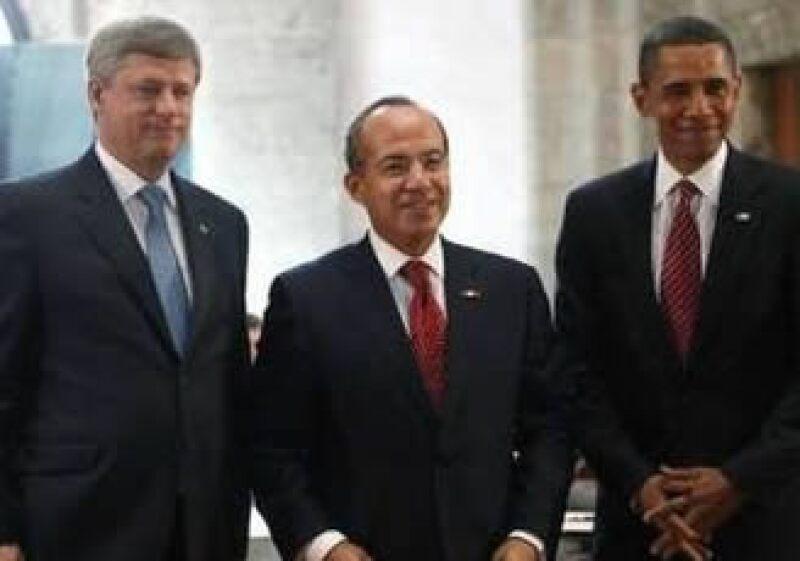 Los mandatarios de Canadá, México y Estados Unidos se reúnen en la Cumbre Trilateral en Guadalajara, Jalisco. (Foto: AP)