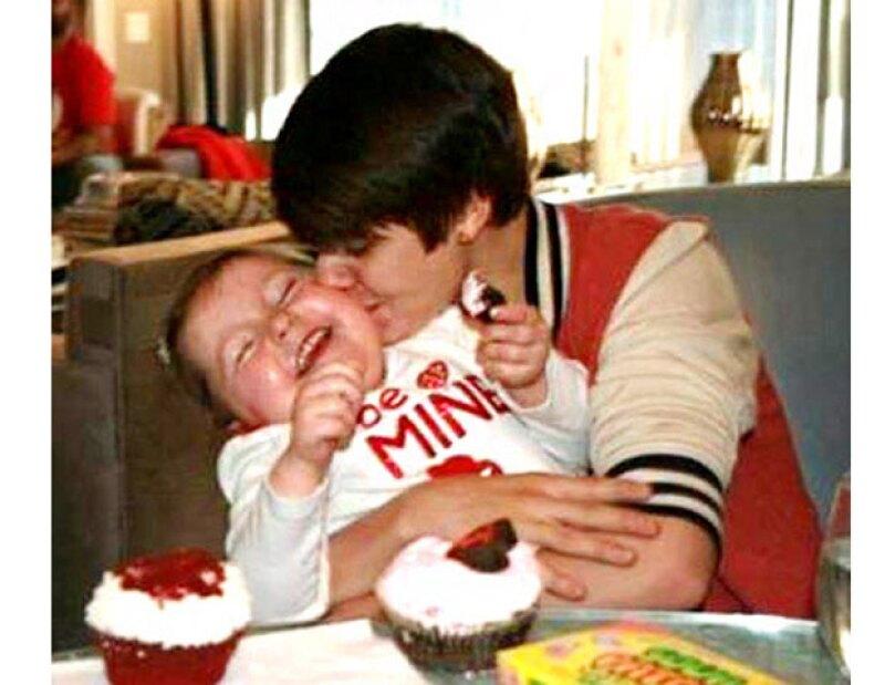 """""""Mrs. Justin Bieber"""", como se hacía llamar Avalanna, perdió la batalla contra el cáncer cerebral que padecía desde hace varios años."""