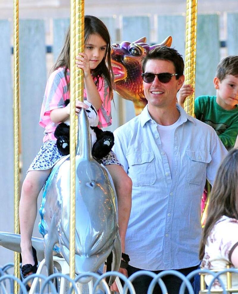 Como buen seguidor de la Cienciología, dicen que el actor cree firmemente que la hija que tuvo con Katie Holmes está poseída, ¿será?
