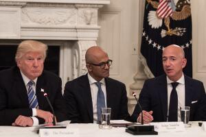 Consejo de Tecnología de EU congrega en la Casa Blanca a Trump y a estos líderes