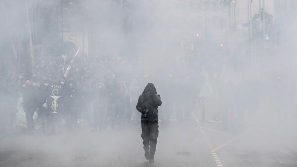 Huelga continúa