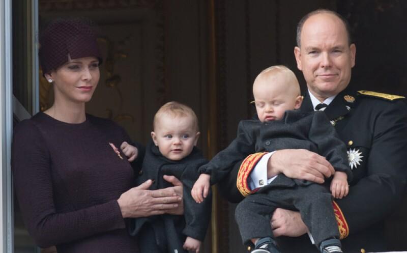 Como cada 19 de noviembre, el principado de Mónaco celebra su Día Nacional, pero este año ha sido diferente gracias a los mellizos de Charlene y Alberto, quienes por segunda vez salen al balcón.