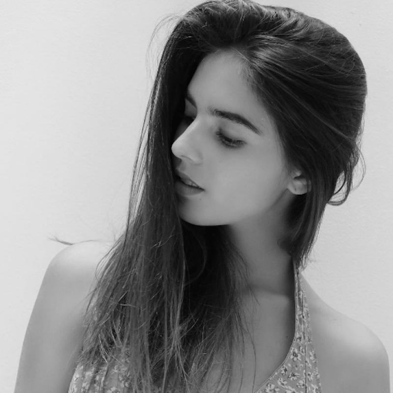 María Ibarra posee la belleza de su madre, Celina del Villar.