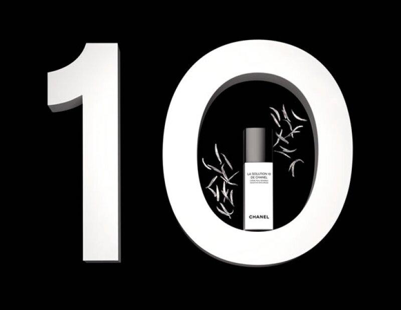 La Solution 10 de Chanel con hojas de té de aguja de plata, está hecho específicamente para combatir a todas las pieles sensibles.
