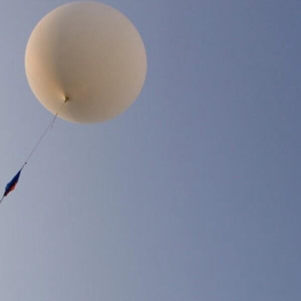 experimento, espacio, globo, helio, localizador, gps, bosque