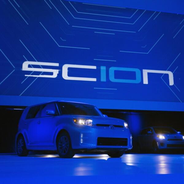 Scion, la marca propiedad de Toyota, celebra 10 años con ediciones especiales.