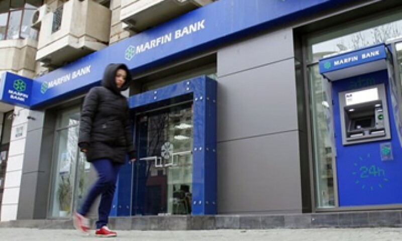 Los bancos en Chipre permanecen cerrados y se espera que el Gobierno mantenga los controles sobre el movimiento de capital.  (Foto: Reuters)