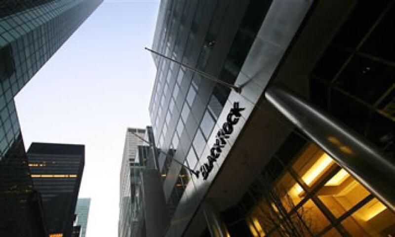 Los activos gestionados por BlackRock sumaron 3,345 billones de dólares. (Foto: AP)