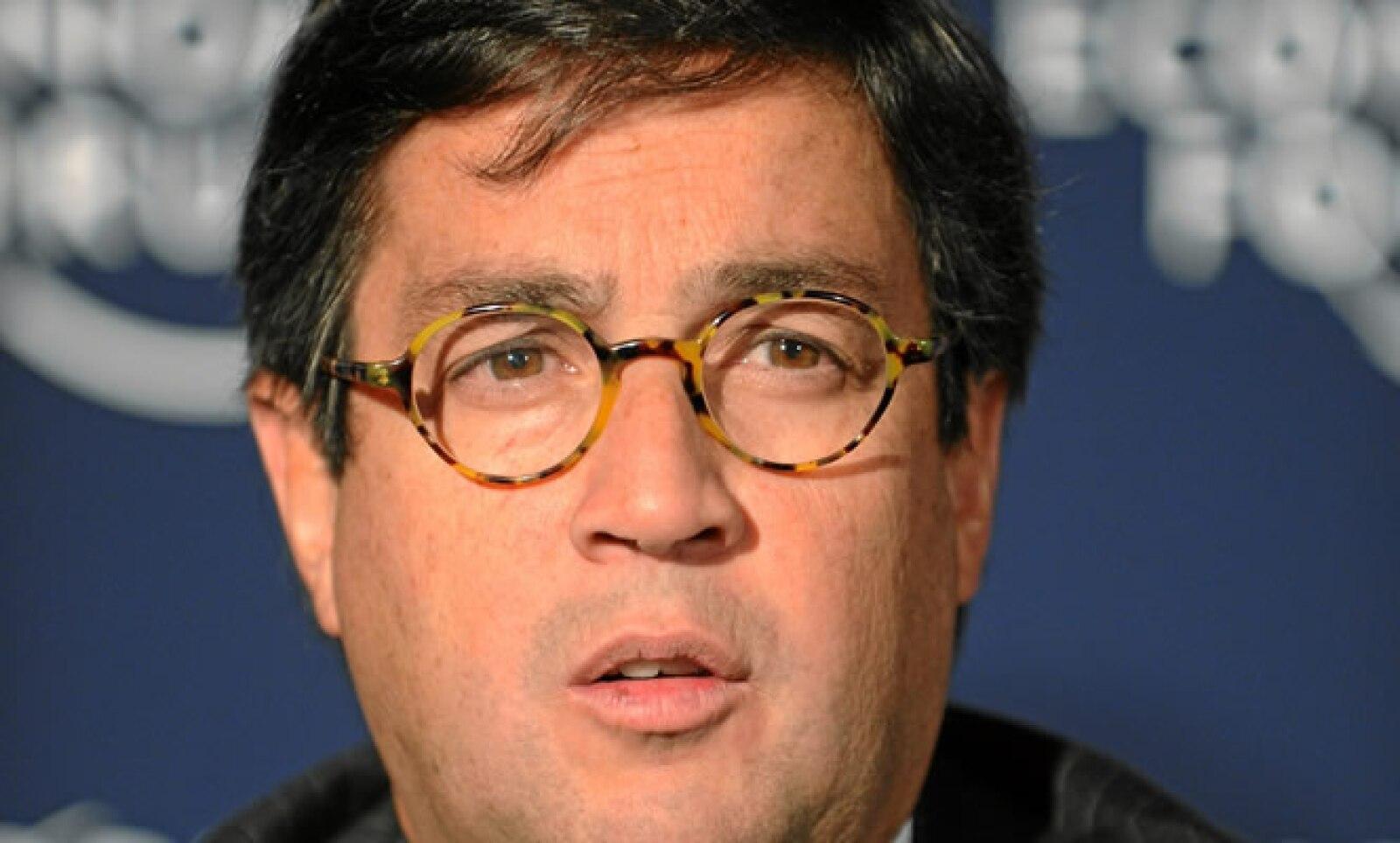 Luis A Moreno, presidente del Banco Interamericano de Desarrollo, en una mesa acerca de Haití.