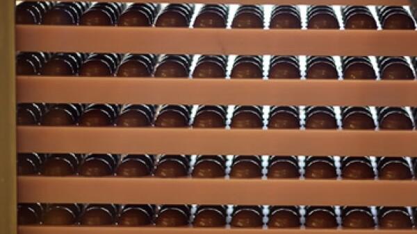 Los chocolates y dulces de Grupo Ferrero se distribuyen en más de 100 países. (Foto: AP)