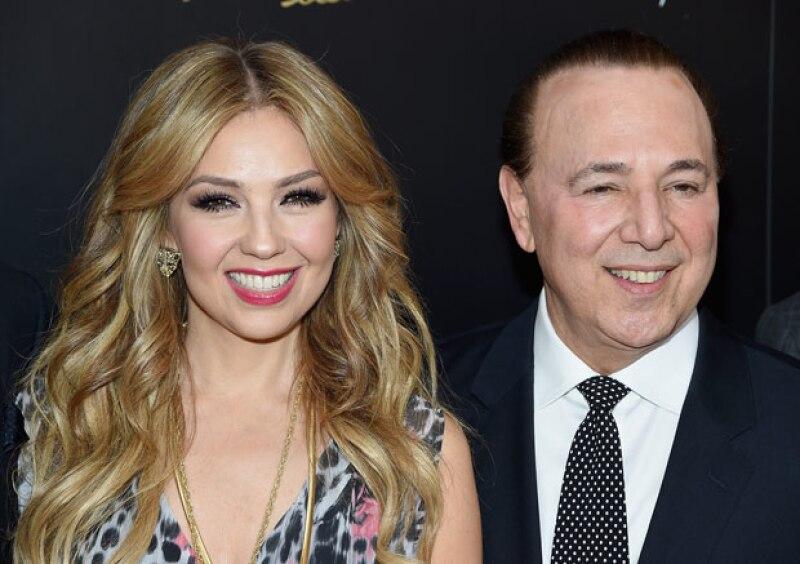 Como pocas veces, el productor abrió su corazón sobre su matrimonio con la mexicana y reveló cómo van a celebrar su próximo aniversario de bodas.