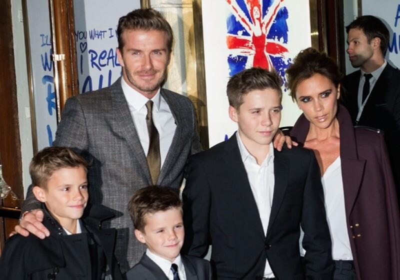 Así fue vista el 12 de diciembre junto a su familia en un evento al que asistieron todas las integrantes de las Spice Girls.