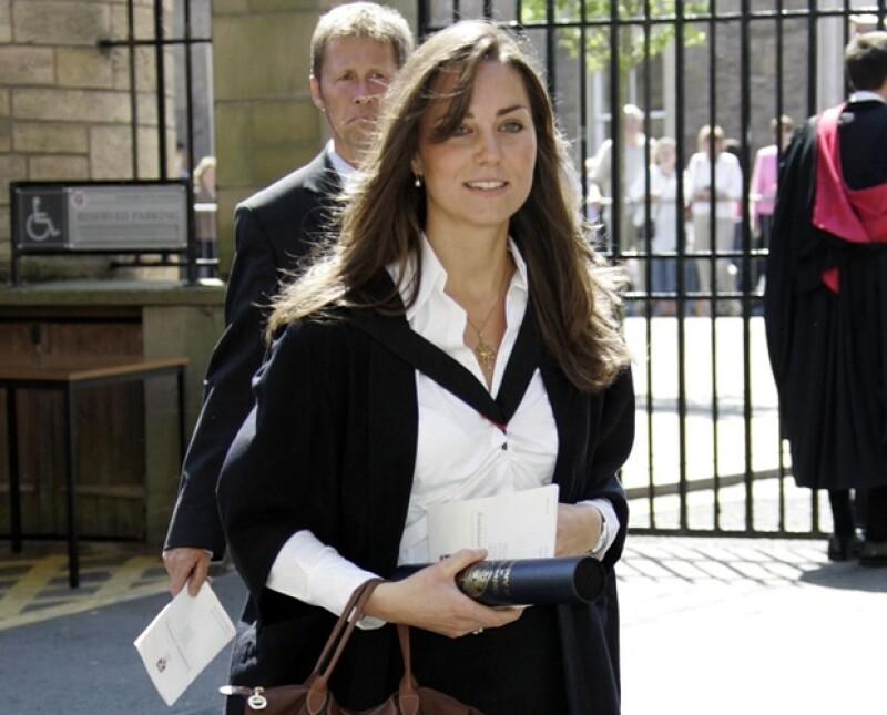 Kate se graduó de la carrera de Historia del Arte en la Universidad de St. Andrews.