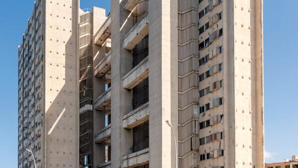 Edificios de departamentos Girón