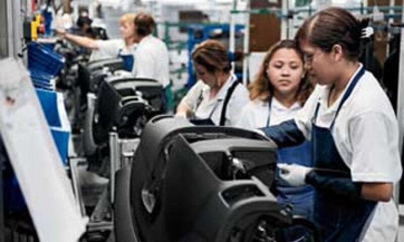 Los empleados son ambiciosos en sus propios esfuerzos por mejorar el rendimiento, con el fin de apoyar las necesidades del cliente y ayudarlos a lograr su propia seguridad en el trabajo. (Foto: Archivo)