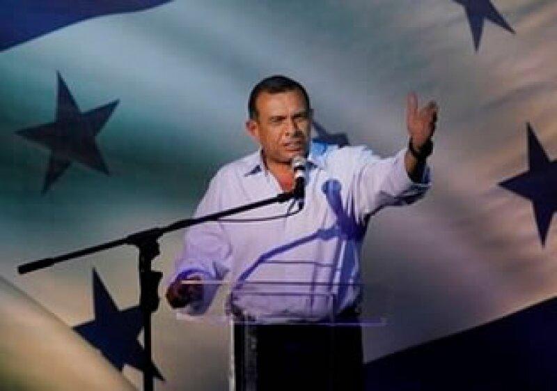 Porfirio Lobo es el candidato ganador de las elecciones presidenciales de Honduras. (Foto: AP)