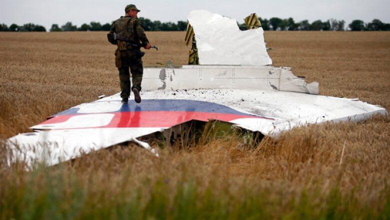 Un avión de Malaysia Airlines se estrelló en el este de Ucrania cuando viajaba en su ruta de Ámsterdam a Kuala Lumpur.