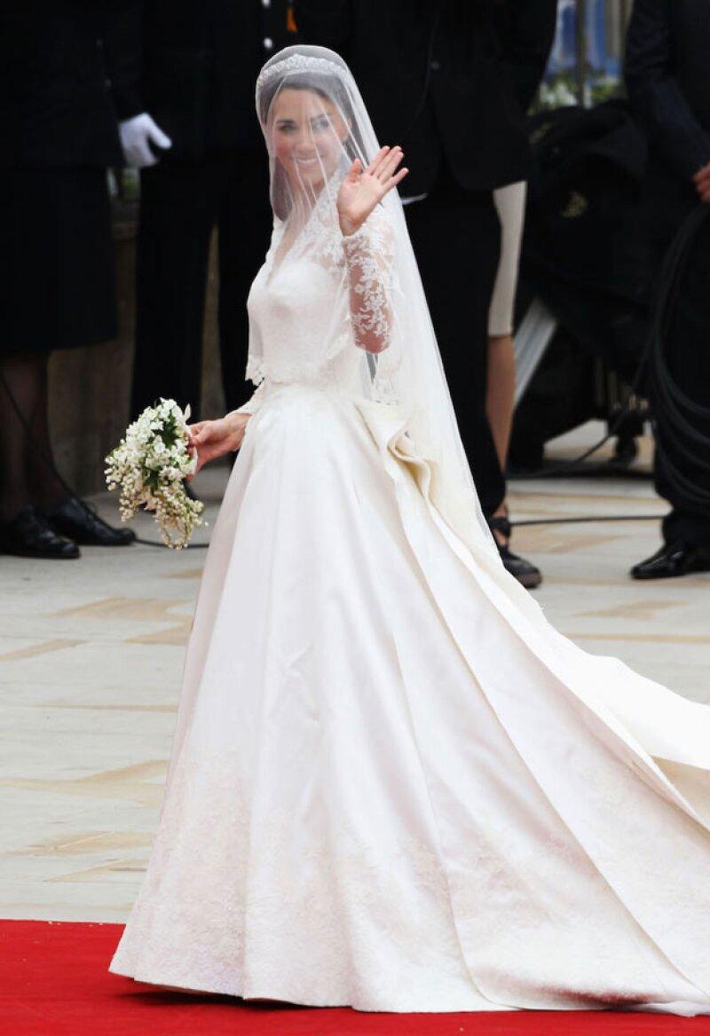El vestido que usó Kate para su boda religiosa se ha convertido en uno de los más icónicos en el mundo de la moda.