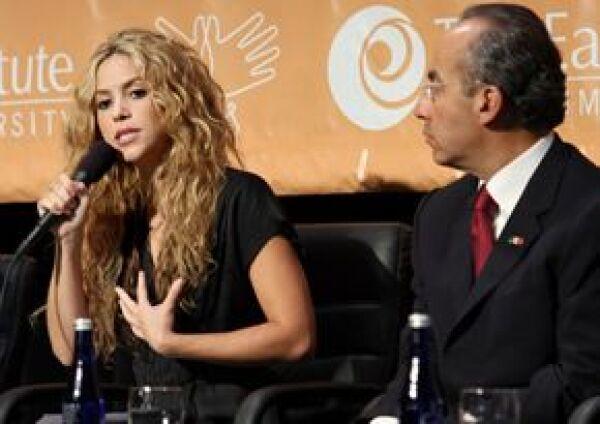 La cantante Shakira expresó este miércoles su preocupación por la infancia ante los gobernantes de cinco países de América Latina.