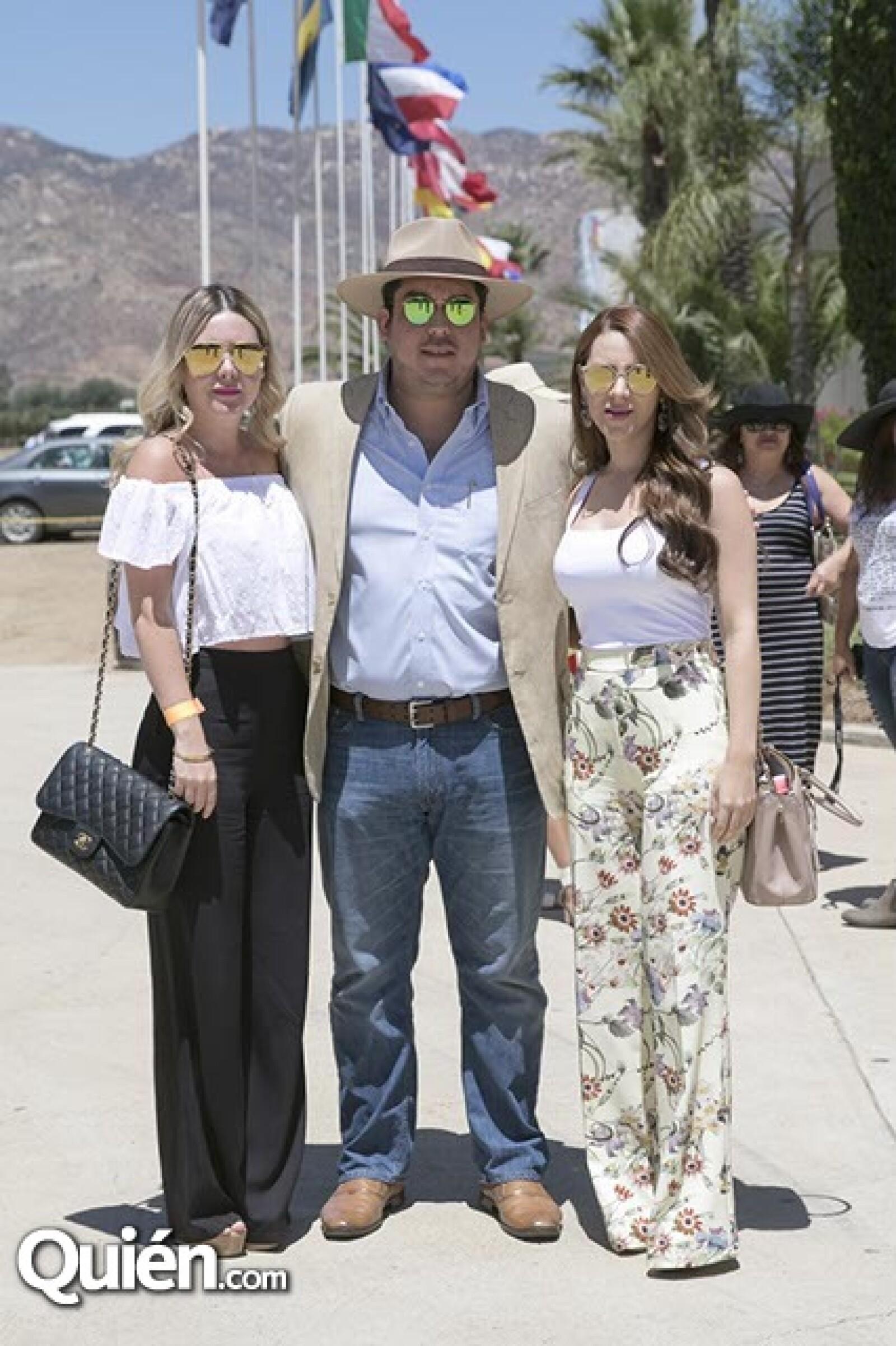 Perla Rodríguez,Martín Castañeda y Diana Moreno